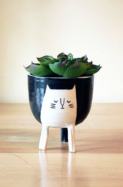 Handmade Ceramic Cat Planter | Beardbangs on Etsy