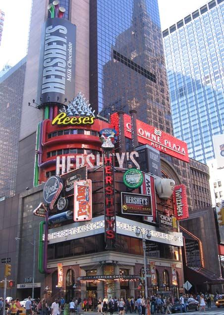 Hershey's chocolate store in Time Square right next door to our Hotel
