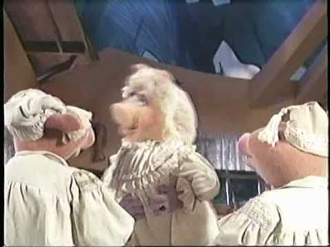 """Muppet Classic Theater -- Three Little Pigs.  <3 Miss Piggy singing """"Show me some respect!"""""""