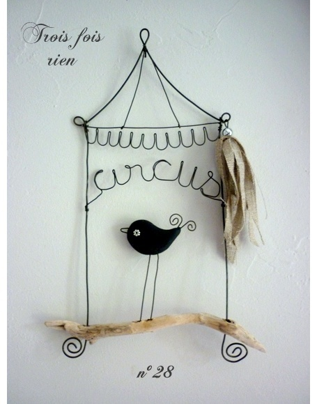 circus: Ideas, Birds Cages, Wire Circus, Wood, Circus Birds, Luv Birds, Linens, Wire Mobiles, Birds Patterns