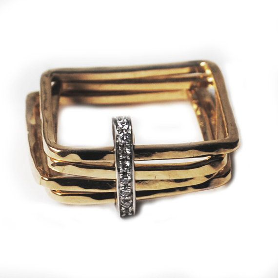 Square ring - 18kt yellow gold and diamonds