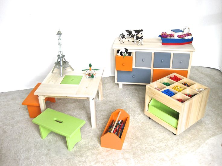 meuble bas de rangement multicolore coffre jouet en bois table enfant avec casier de rangement. Black Bedroom Furniture Sets. Home Design Ideas