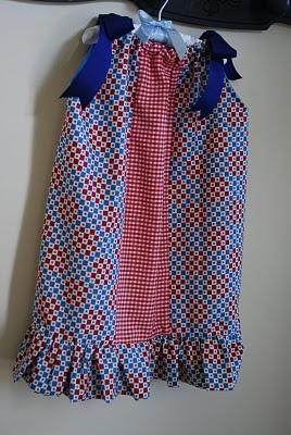 Pillow case dress: Pillow Cases, Pillowcase Dresses, Sewing Crafts, Pillow Case Dresses, Tutorial Pillow Case, Tuesdays Tutorial Pillow, Craft Ideas, Pillowcases