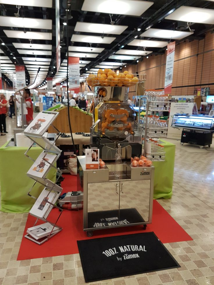 Good morning from Lyon :) #ZumexFrance is here with #SpeedProPlusSelfServicePodium on the occasion of the @carrefourfrance event for #conveniencestores! Discover a higher level in the #commercialjuicers world.