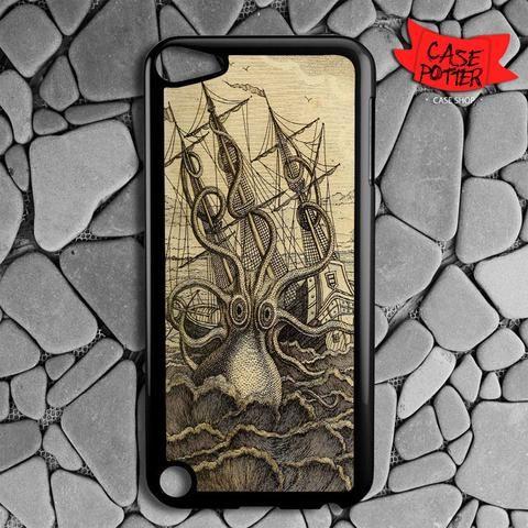 Vintage Kraken iPod 5 Black Case