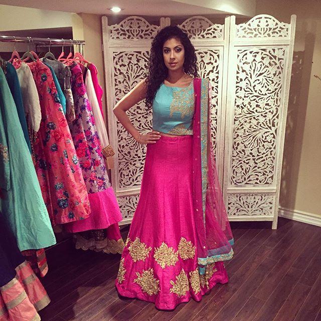 Lengha designed by @amaracouture. Perfect for a sangeet or engagement ❤️❤️. #lengha #lehenga #bridalwear #desiglam #indianwear #sangeet #customlenghas #customcreation #indianbride #bridallengha
