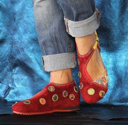 OMA - PISAVERDE,diseño y producción de calzado ARTESANO