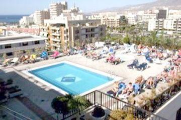 Tenerife Zentral Center Hotel**** 2015. március   7 éjszaka, 2 felnőtt+2 gyermek, standard szoba : 2db. voucher+191$ Foglalásához info:http://firefliestravel.wix.com/fireflies