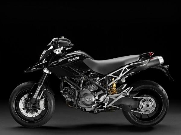 Ducati-Street-Racer: 2012 Ducats, Ducats Hypermotard, Dreams Bike, Ducati Street Rac, Motors Runnin, Ducati Motorbikes, Hypermotard 1100, 1100 Here, Motors Cycling