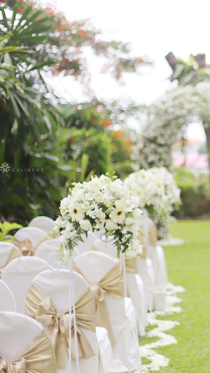 Simple Outdoor Wedding Chair Layout Wedding Chair Reception