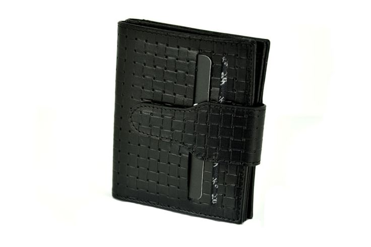 Black Colour Straw Printed Genuine Leather Wallet