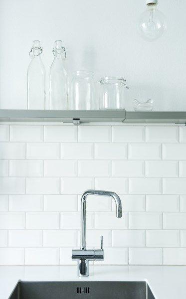 Metrotegels Keuken : idee?n over Metrotegels op Pinterest – Keukens, Badkamer en Kasten