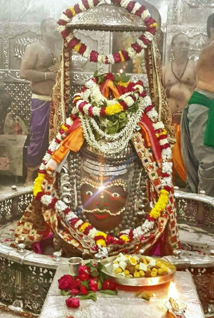 #Bhasma #Aarti pic of Shree #Mahakal #Ujjain - Mar. 10   Follow our FB page: www.facebook.com/ujjaintravel  #शिव #उज्जैन #महाकाल #ॐ #mahakal#mahakalcity #ujjain #loveujjain #ujjaindiaries#Mahakaleshwar #shiv #shivratri #shiva#omnamahshivay #bholenath #jaimahakal#jaibholenath #harharmahadev #mahadev #travel#tourism #MPTourism #ujjain_travel #temple