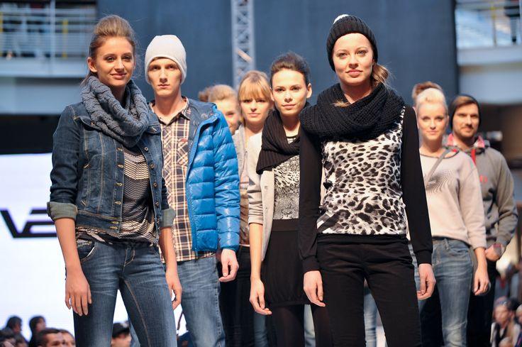 Pokaz VERTUS, 8. Manufaktura Fashion Week/Fast Fashion, fot. Łukasz Szeląg.  #fashionweekpoland #fashionweekpl  #fall #trends #fashionphilosophy #fashionaddict #manufaktura
