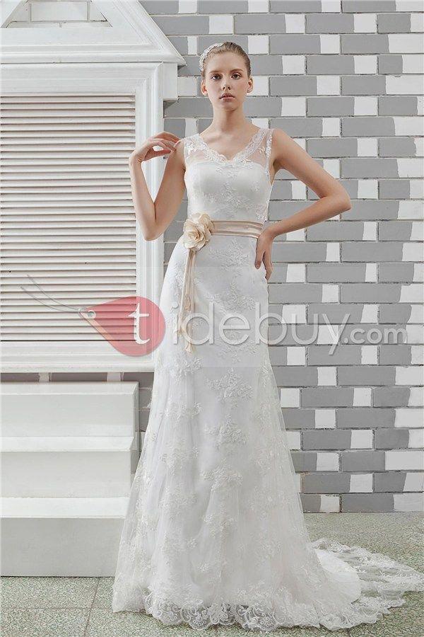 Elegant Sheath/Column Sleeveless V-Neck Lace Vintage Anita's Wedding Dress