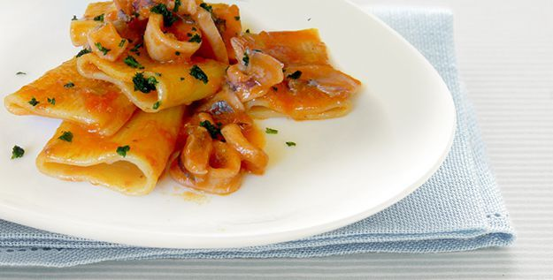Recipe of the day: Paccheri with Squid and Pachino Tomatoes - http://www.italianyummy.com/italianyummy/paccheri-with-squid-and-pachino-tomatoes/