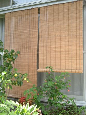 室内、室外両用ロールアップ すだれ 影法師 W176×H約180cm 5,600円(税抜き) 約3.6kg