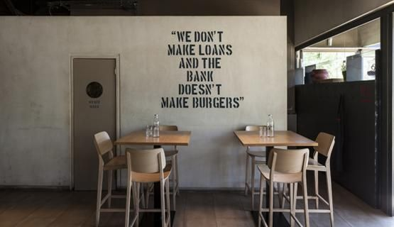 Gigi burgers restaurant in Drossia - Athens Filler coatings - wall  #Kourasanit #WhenNatureDecorates #interiordesign #architecture #renovation #chic #bar #fillercoating
