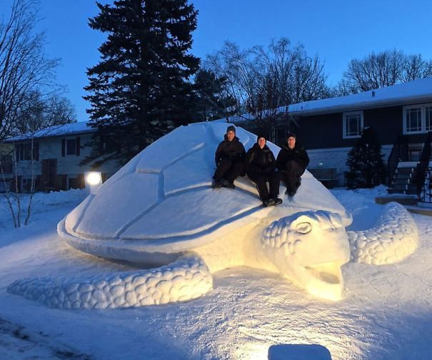 25 Awesome Snow Sculptures That Totally Made That Blizzard Worth It