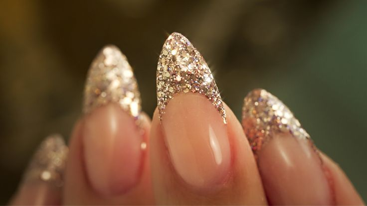 French Almond Glitter – Traditional French Acrylic Nail Technique – Step By Step Tutorial