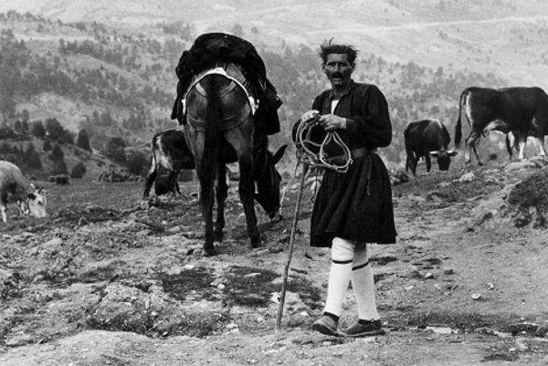 Φωτογραφίες μιας Ελλάδας που δεν υπάρχει πια… | Alexiptoto-Κωνσταντίνος Μάνος