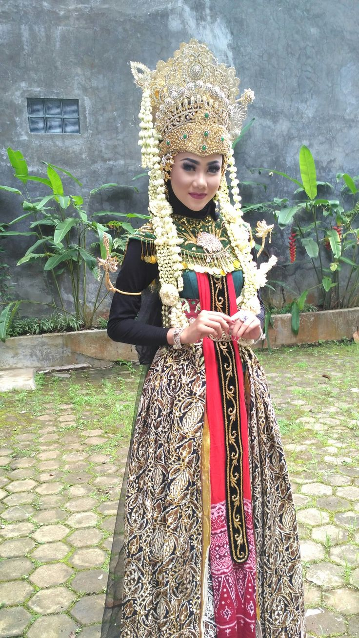 Theme of Photoshoot is The Queen of Legend Majalengka Queen's Simbar Kencana  ❤❤