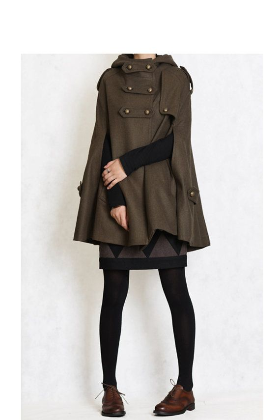 Hooded wool cape with wingtips