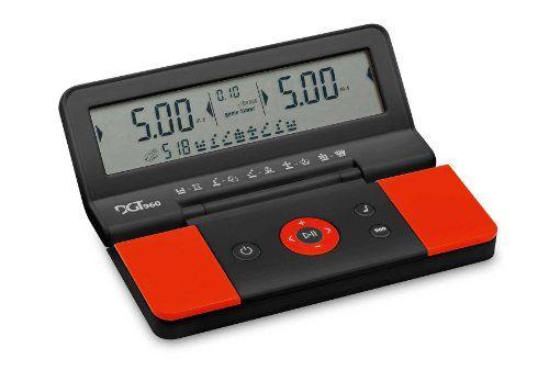 DGT 960 Pocket Game Timer   Gran pantalla LCD para una fácil visualización  Generar aleatoria chess960partida posiciones  Incluye y el retraso timing.  Fácil de Set  DGT 960 Pocket Timer  El primer reloj de ajedrez que da 960 maneras diferentes de jugar. Único, incomparable y lleno de estilo.   #Ajedrez #Chess #Game #Pocket #reloj de ajedrez #Timer