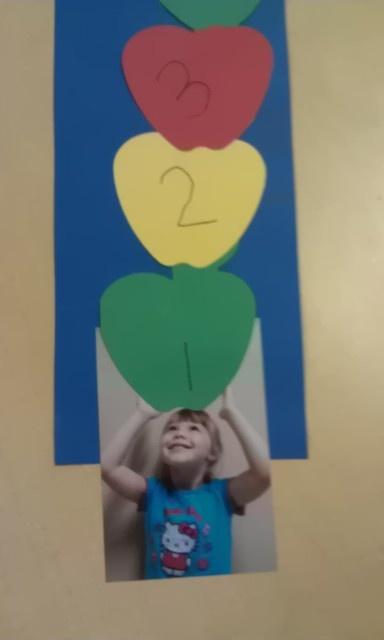 Theme 10 Apples Up On Top on Best Dr Seuss Images On Pinterest Preschool Apples Education
