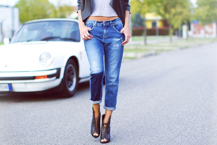 """Grand Prix"" - Rotture, rammendi, riserva caratterizzano i jeans ""Miriam"" 2W2M dell'outfit di Elisa Bersani @thegummysweet"