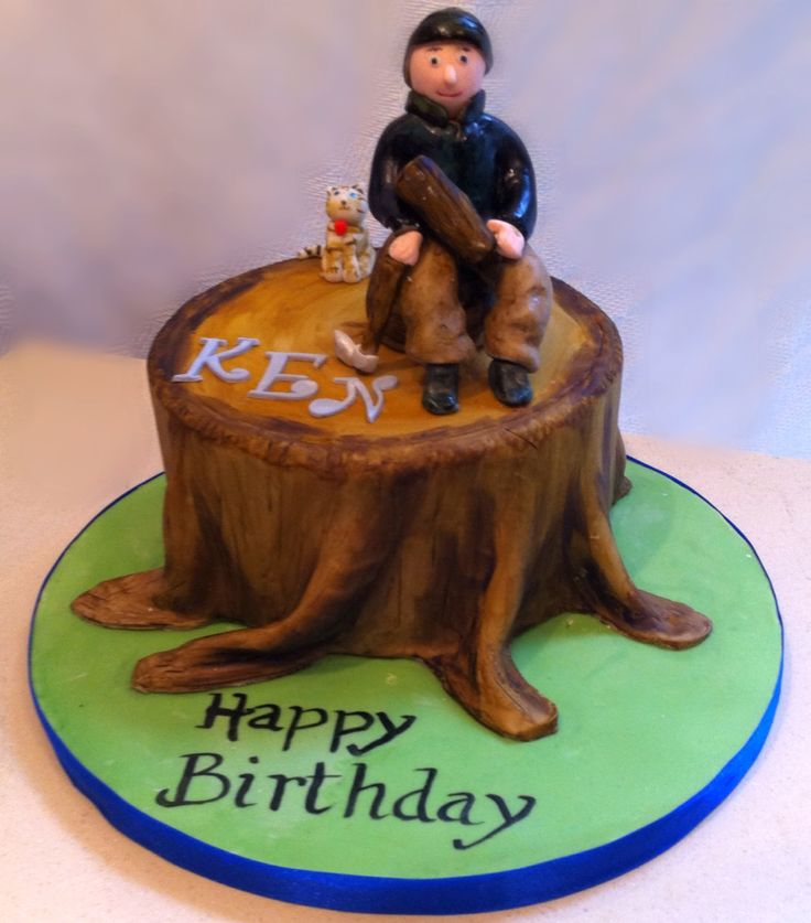 Woodcutters cake! Chocolate biscuit with marshmallow fondant