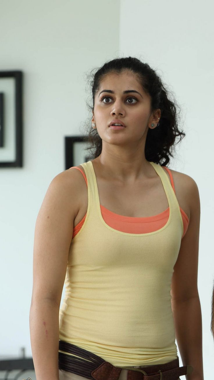 Tapsee Pannu Fashion Style Beauty Bollywood Kollywood