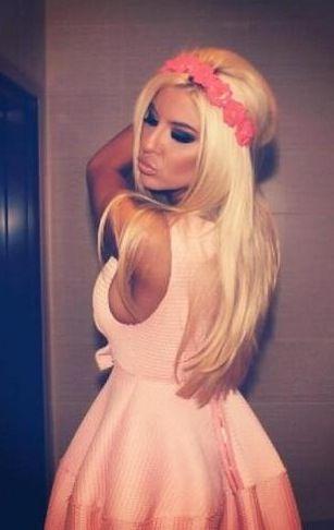 Love the Pink Dress & Flower Headpiece!