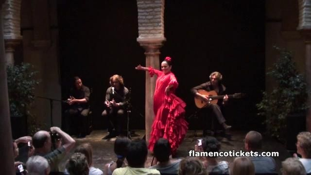 Museo del Baile Flamenco - Sevilla (Flamenco Show 1EN). http://www.flamencotickets.com.  Video of a flamenco show in the Museo del Baile Fla...