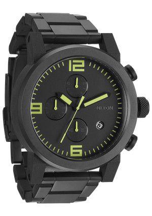 Relógios Nixon e The Black and Lum Collection