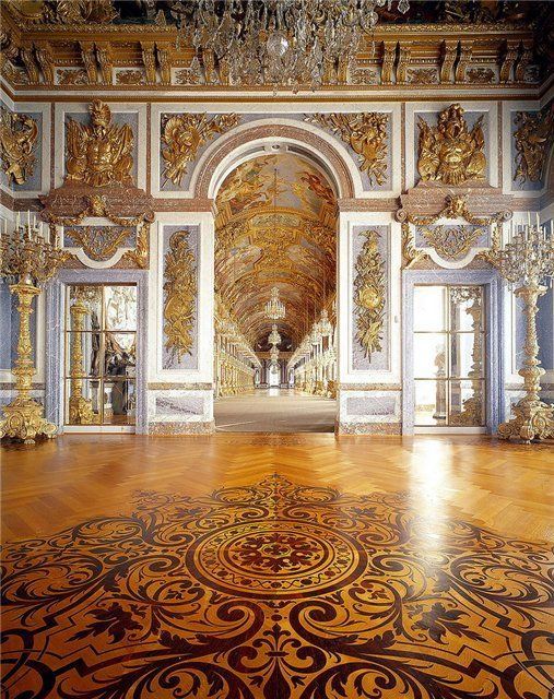 Beautiful, intricate opening hall from a theatre in Versailles. Something like this for ours would be marvelous!