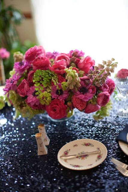 Hot Pink And Navy Blue Tablescape Hot Pink Snowball
