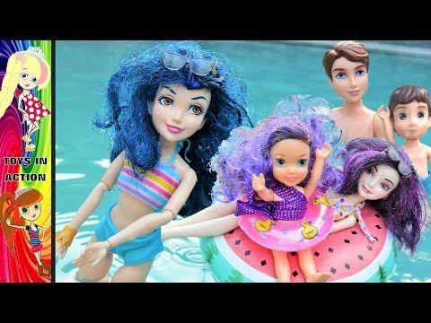 Descendants 2 Mal Ben and Evie take Toddler kids to the pool! Mal Pregna...