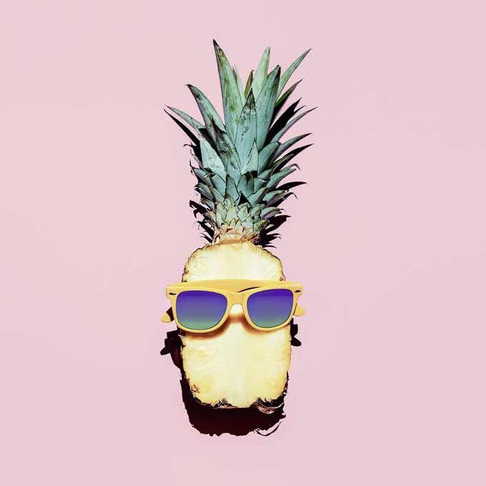 Craquez sur cette tête d'ananas à lunettes !