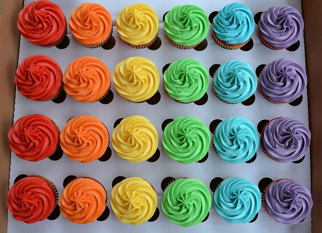 Manchester Gay Pride cupcakes | Flickr: Intercambio de fotos