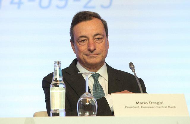 El BCE lanzará su plan de estímulo a mediados de este mes y durará dos años - http://plazafinanciera.com/el-bce-lanzara-su-plan-de-estimulo-economico-a-mediados-de-este-mes-y-durara-dos-anos/ | #BCE, #MarioDraghi, #Portada #Economía