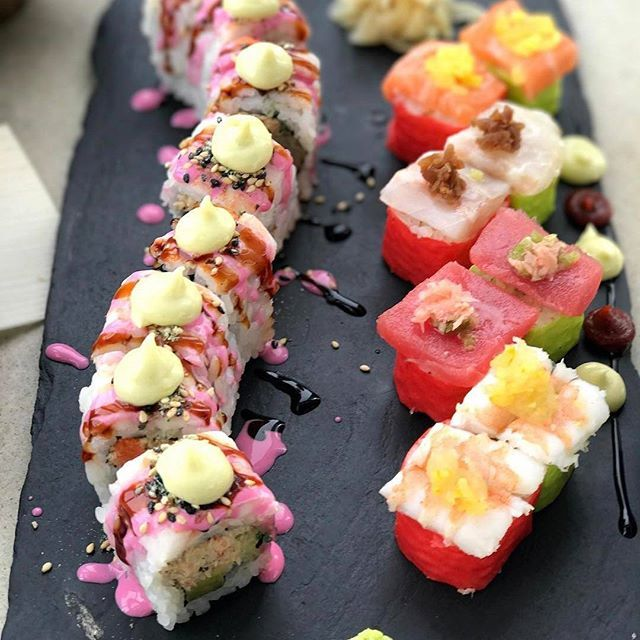 Looking for a #lunch that's #healthy, quick and will make everyone else in the office jealous? Our Tiger #Maki and Samba #London should do the trick. Pic @iamedwinamora  #yum #EEEEEATS #foodart #potd