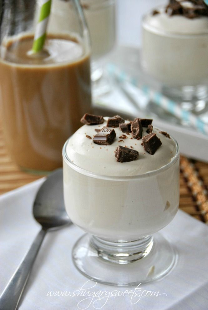 Vanilla Iced Coffee Pudding: delicious, skinny dessert made with pudding, International Delight iced coffee, milk and Cool Whip #LightIcedCoffee #dessert @shugarysweets