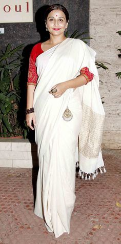 Vidya Balan in a Simple White and Silver Saree