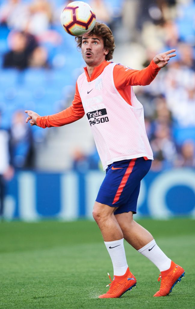 best service 24b68 a9770 Antoine Griezmann of Atletico Madrid warms up during the La ...