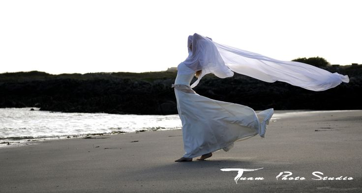 Beath wedding photo session by #Tuam Photo Studio #weddings #photography #beath
