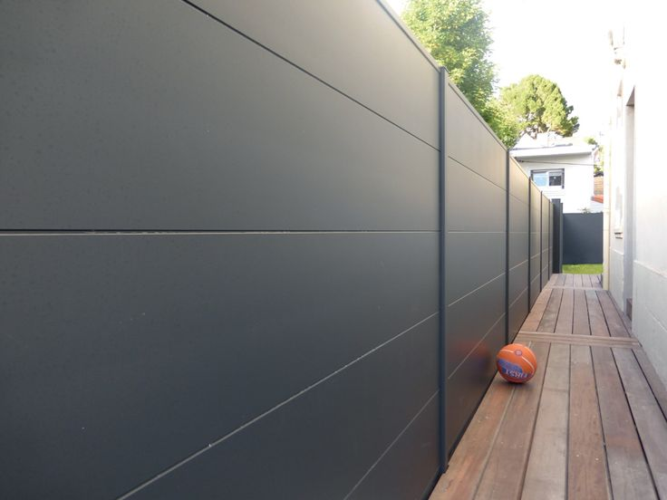 17 meilleures id es propos de cloture pvc sur pinterest for Cloture jardin pvc gris