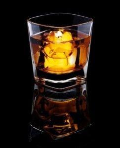 Ricette liquori casalinghi: l'amaretto
