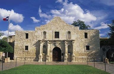 The Alamo on a beautiful sunny day