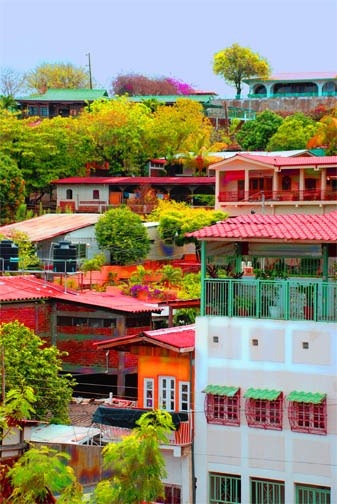 Let's learn Spanish in Granada, Nicaragua, part of the UNESCO world heritage! http://spanishgranada.com/